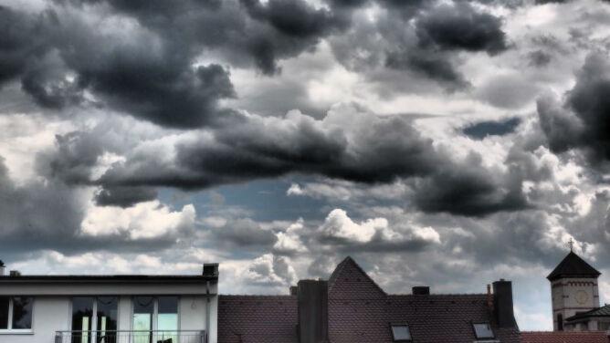Prognoza pogody na dziś: pochmurno i deszczowo w większości regionów