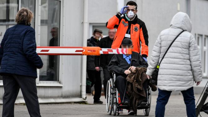 """""""Epidemia w Polsce prawdopodobnie rozpoczęła się w drugiej połowie stycznia"""""""