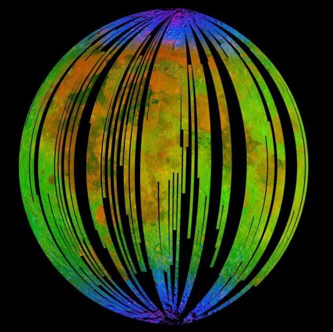 Rdza na Księżycu (ISRO/NASA/JPL-Caltech/Brown Univ./USGS)